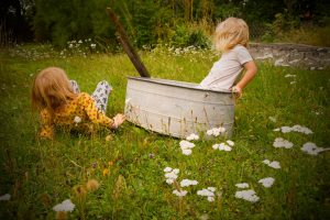 freies Spielen im Garten fördern - Familiengarten
